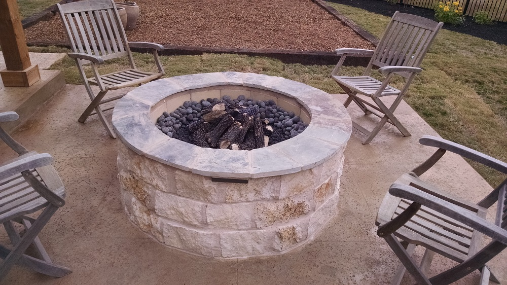 Fire Pit at apartment complex