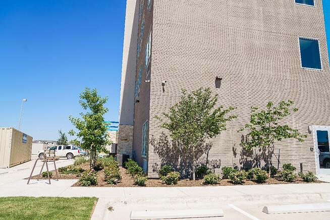 Tru and Home2 Suites By Hilton landscaping