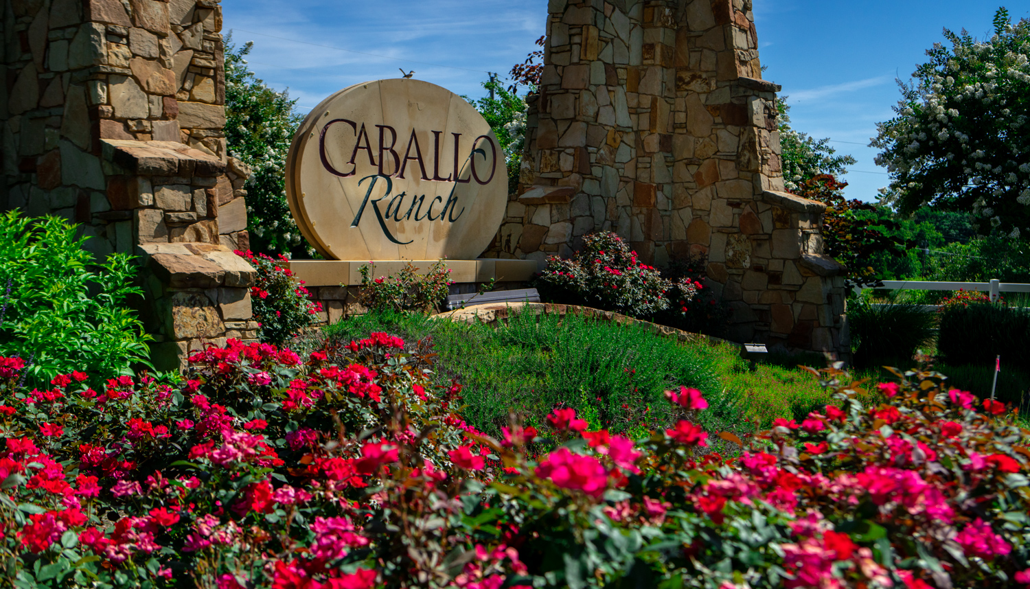 commercial-landscaping-CaballoRanch-flowers-planting-sign-2